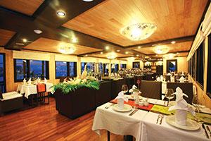Nhà hàng ăn trên du thuyền Syrena