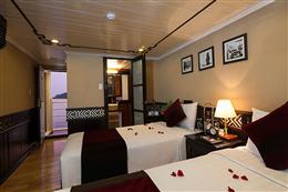 Phòng ngủ twin trong du thuyền Carina Hạ Long 5