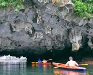 Hoạt động cheo thuyền Kayak