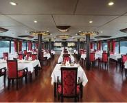 Phòng Ăn Cabin Du Thuyền Starligt