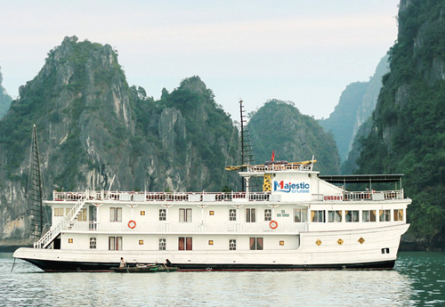 Du Thuyen Majestic Cruise