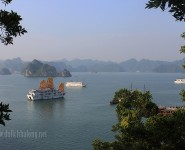 Vinh Ha Long seen from the island of Soi Sim