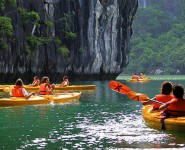 Cheo Kayak Ha Long