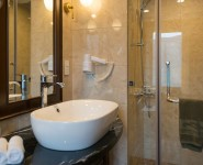 Bathroom-Elegance-Suites-Elegance-Cruise