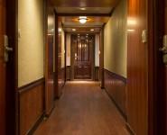 lavela-classic-corridor