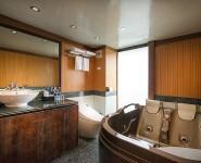 lavela-classic-junior-suite-bathroom