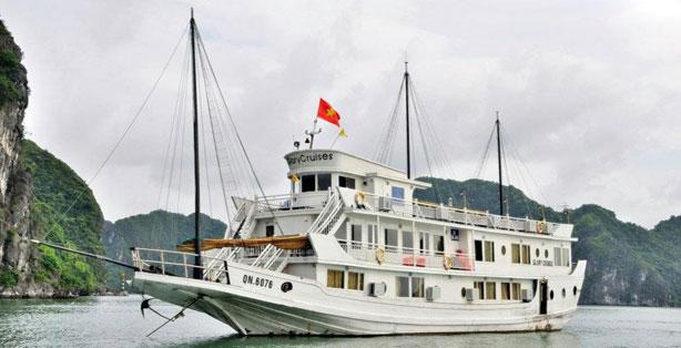 Du thuyền Glory Hạ Long