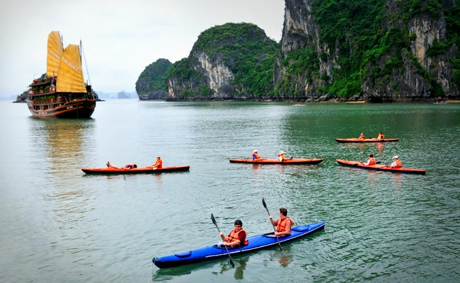 Chèo Kayaking Du Thuyền Emeraude