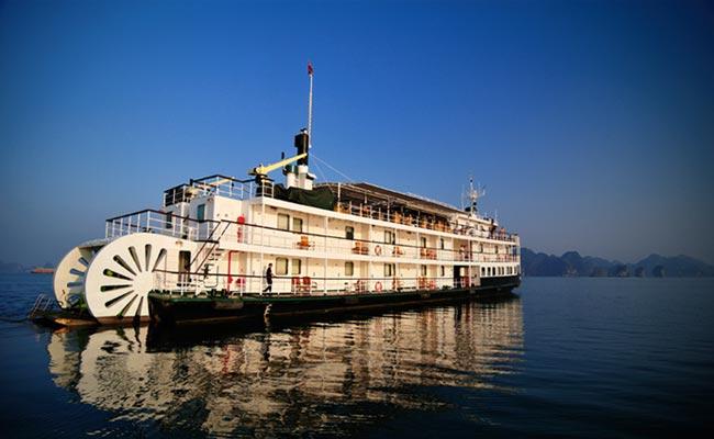 Du thuyền Emeraude Hạ Long