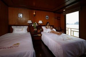 Du thuyền Emotion Hạ Long ( 2 Giường đơn)