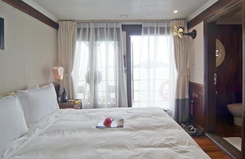 Phòng Deluxe Du thuyền Âu Cơ