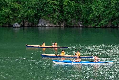 Du lịch bằng xuồng kayak