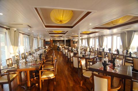Phòng Ăn Du thuyền Âu Cơ