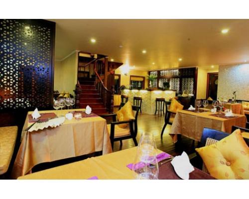 Phòng ăn Du Thuyền Violet